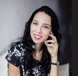 Анна Новикова о работе с Любовью Гадымба